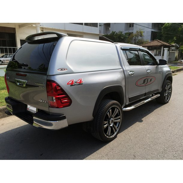 TOYOTA HILUX REVO DOUBLE-CAB HARDTOP COMMERCIAL