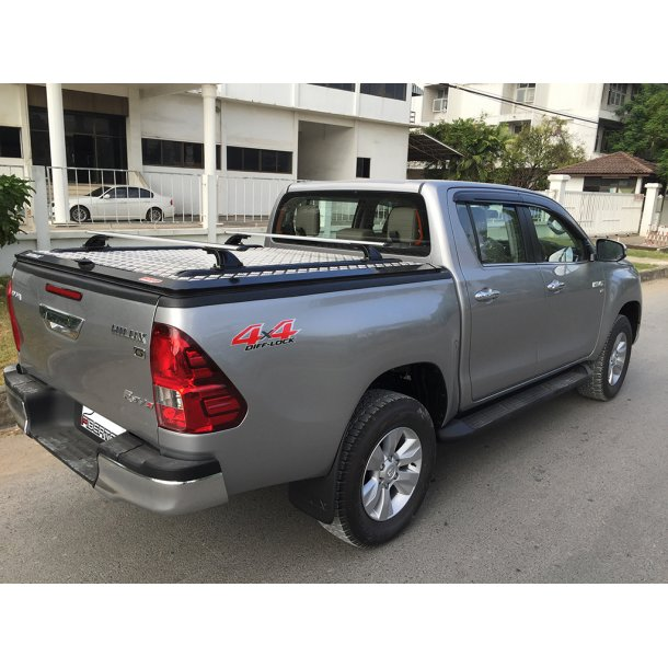 TOYOTA HILUX REVO D-CAB OUTBACK