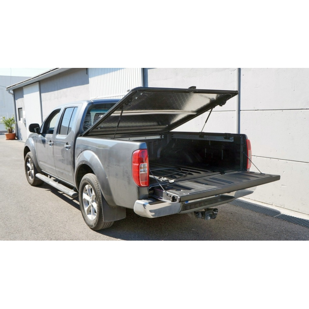 NISSAN NAVARA D40 D-CAB LONGBED OUTBACK